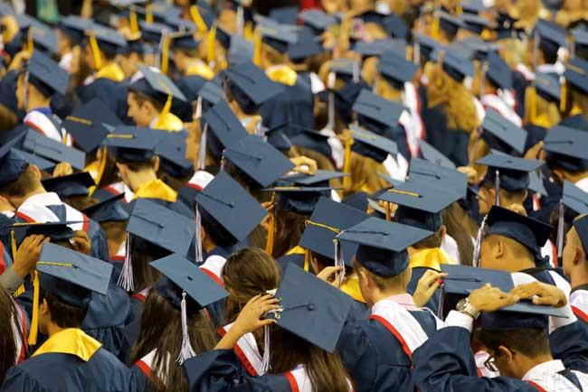 देशातील ५४ टक्के पदवीधर नोकरीस अपात्र